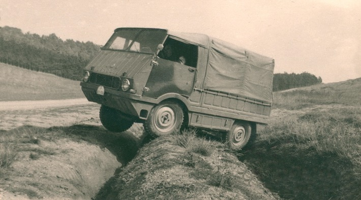 image 1 61 - Weniger bekannte Modelle aus 125 Jahren SKODA AUTO: der Typ 998 ,Agromobil' von 1962