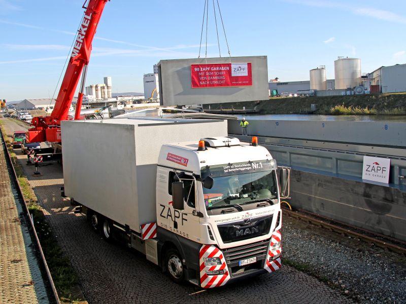 image 1 73 - ZAPF Betonfertiggaragen per Schiff in die Niederlande