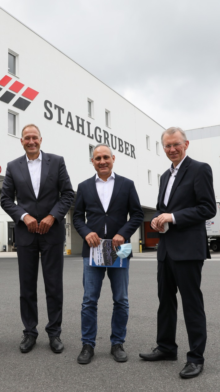 image 1 164 - Mitglied des Europäischen Parlaments Ismail Ertug besucht das Logistikzentrum von LKQ Europe in Sulzbach-Rosenberg